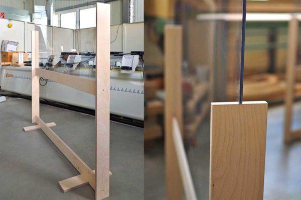Mobile Trennwand mit Plexiglas für Hygienekonzept
